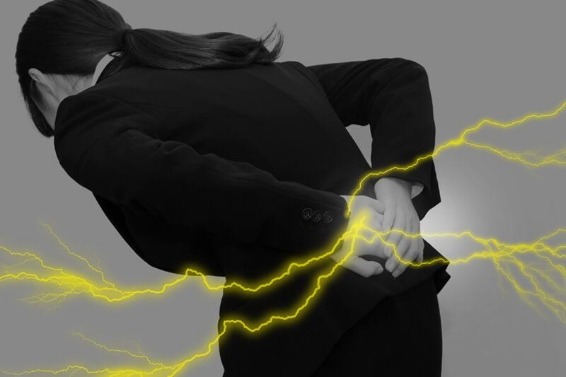 腰痛の改善には腹筋を鍛えるストレッチが一番効果がありました